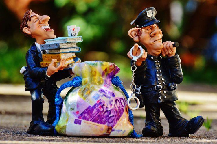 「ねずみ講」や「マルチ商法」は法律違反?
